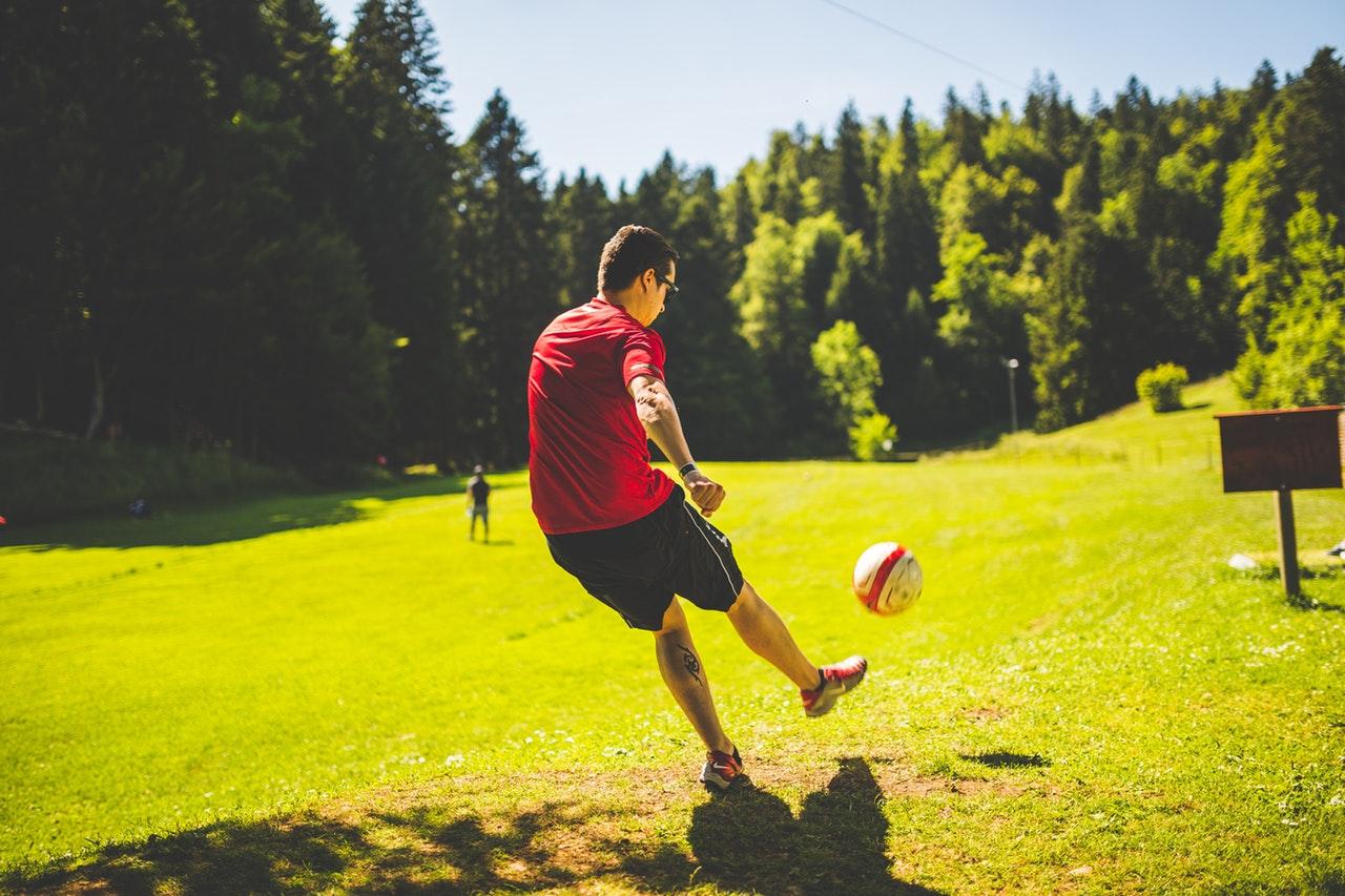 Fodbold skaber sjov og sundhed